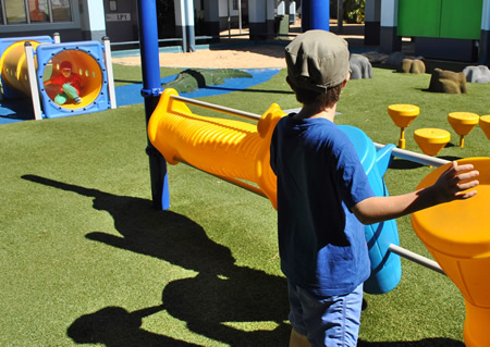 playground surfaces cairns