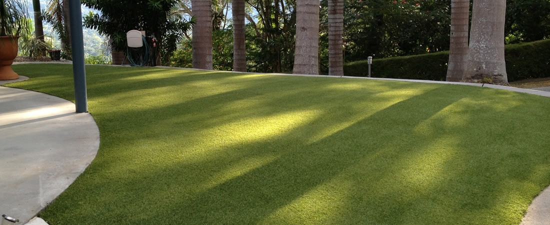 synthetic turf cairns
